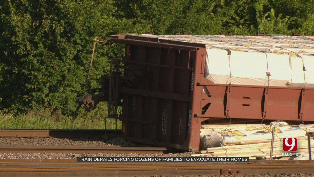 Train Derailment Causes Dozens To Evacuate In Wynnewood