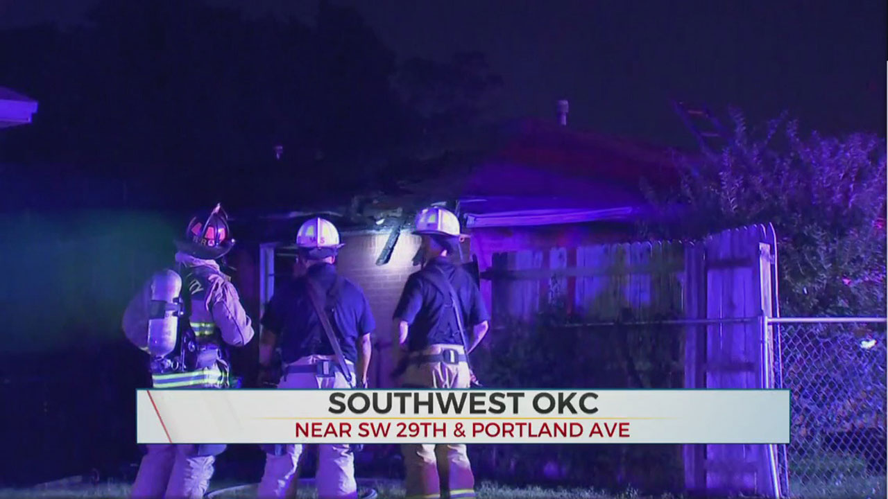 Firefighters Investigate Cause Of SW Oklahoma City House Fire