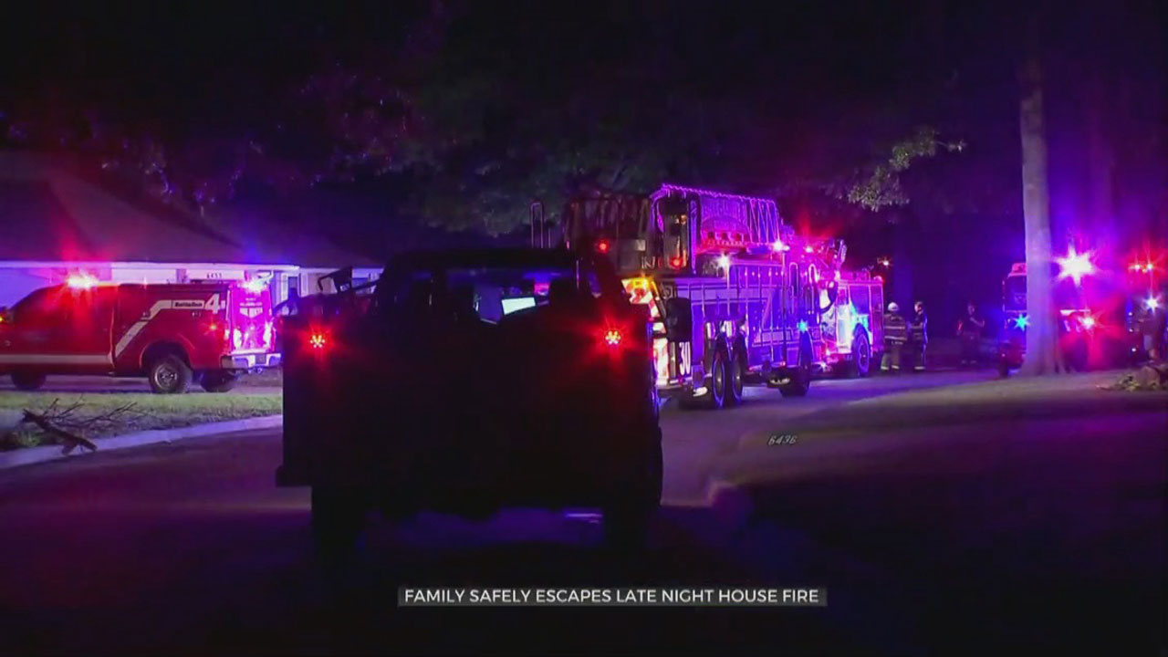 Family Safely Escapes House Fire In NW OKC