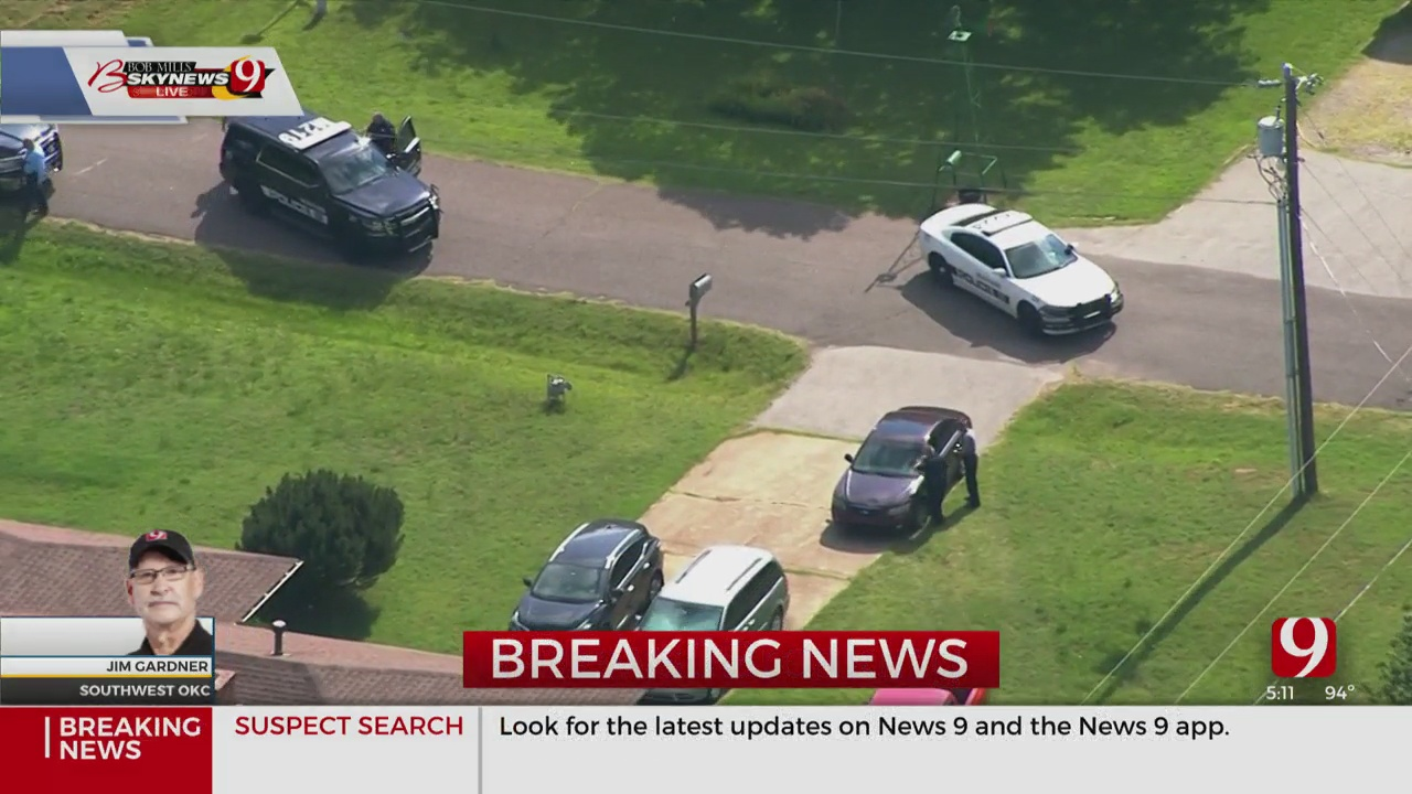 Authorities Searching For Pursuit Suspect Near Mustang