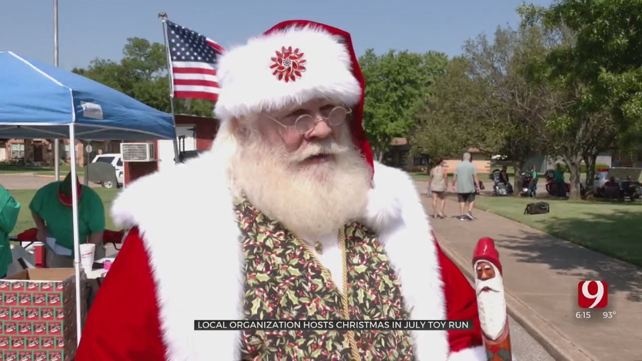 Christmas Comes Early in Guthrie