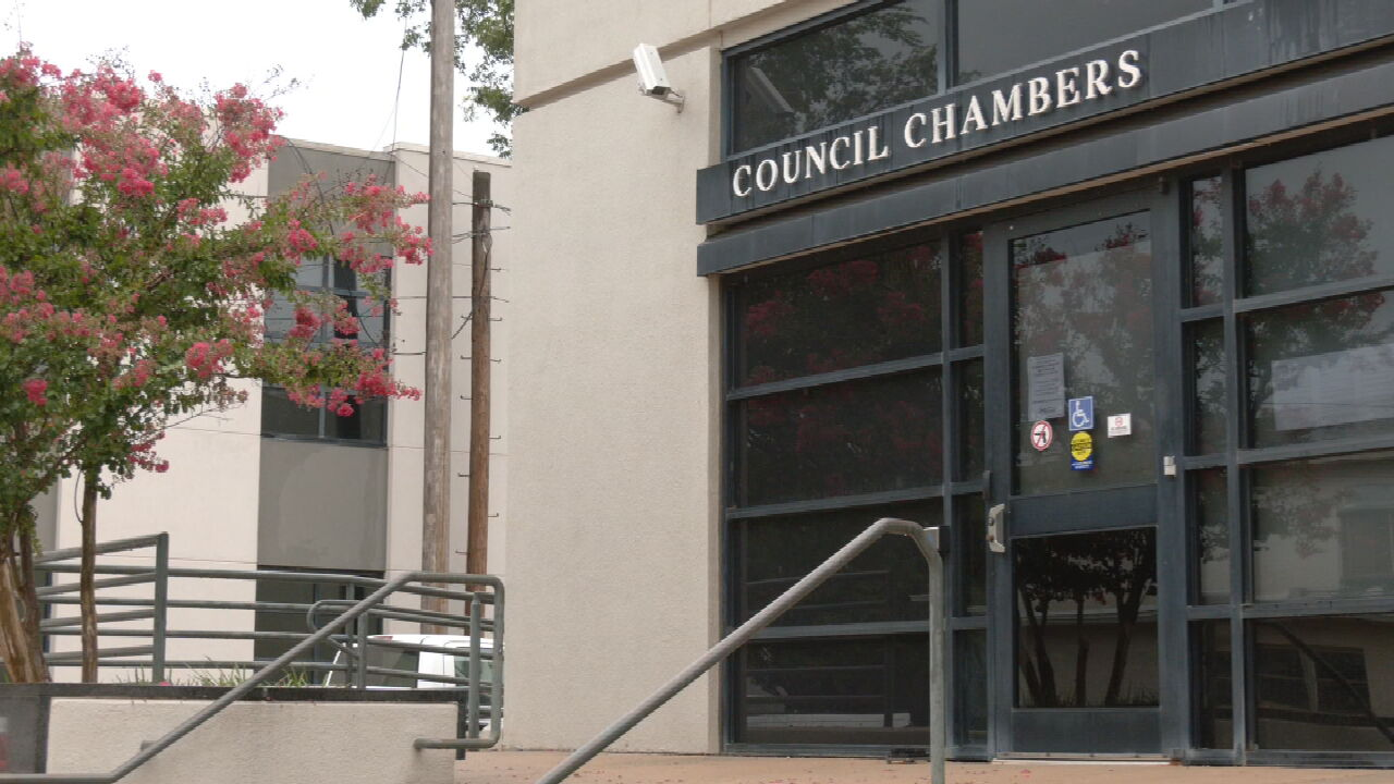 Edmond City Council To Reassess Mask Mandate