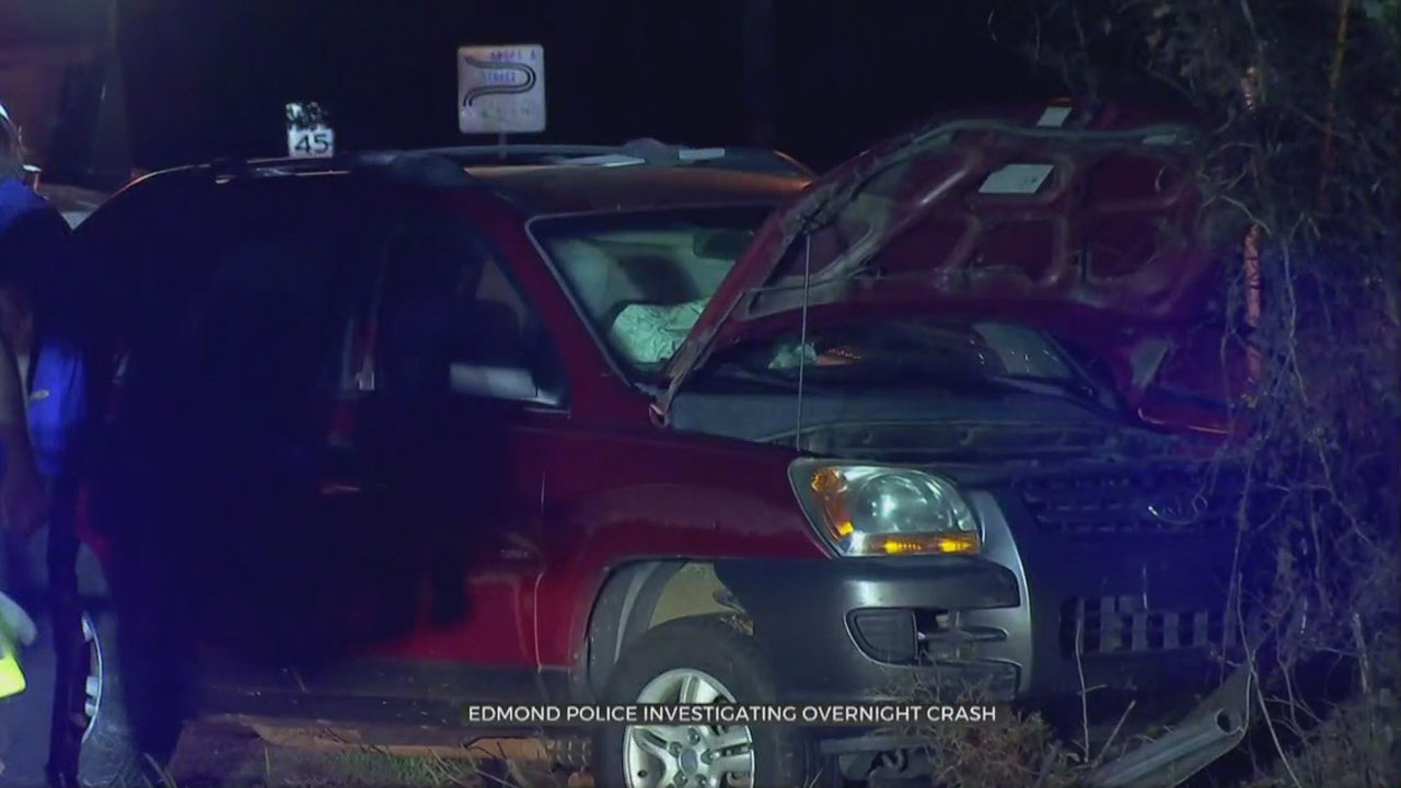 1 Taken To Hospital After Crash In Edmond, Police Say