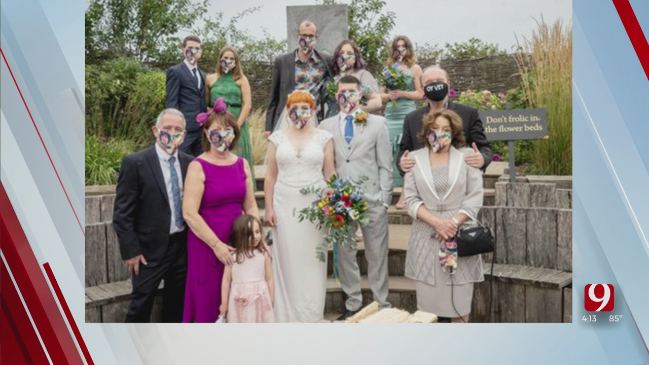 Trends, Topics & Tags: Cut-Out Wedding Guests