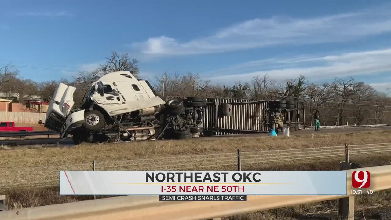 Northbound Lanes On I-35 Reopens After 7-Hour Delay Due To Rollover Accident