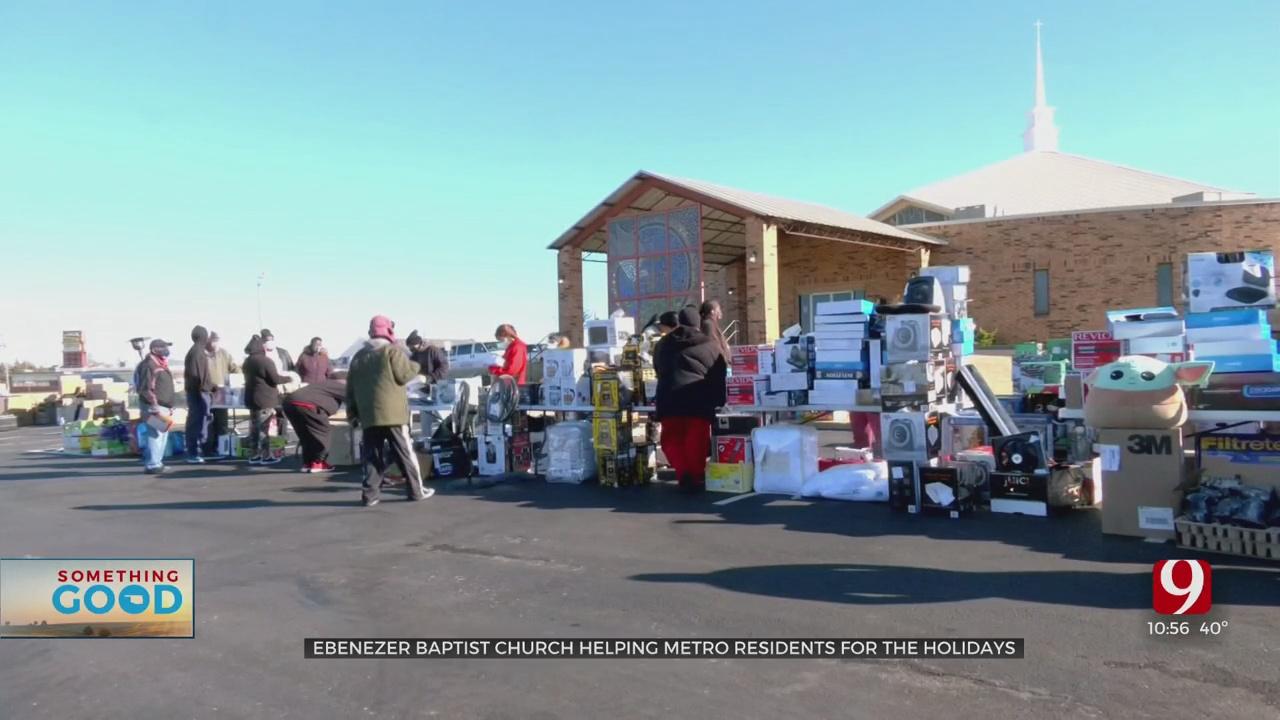 Hundreds Line Up For NE OKC Home Goods Give Away