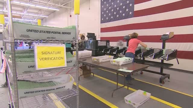Democratic Leaders Press Postal Service Leaders For Answers On Delivery Delays