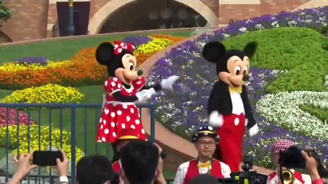 Disney Reopens Its Shanghai Theme Park With Masks, Limits