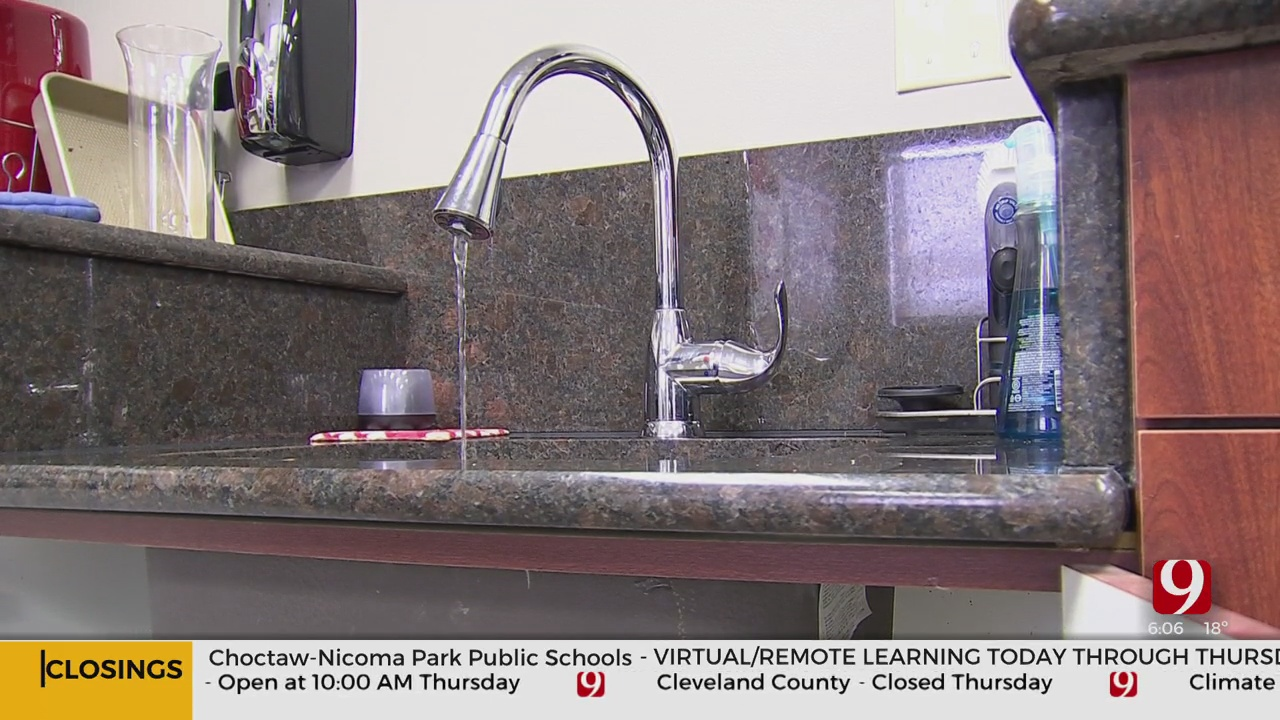 WATCH: Plumbers Offer Advice For Frozen Pipes