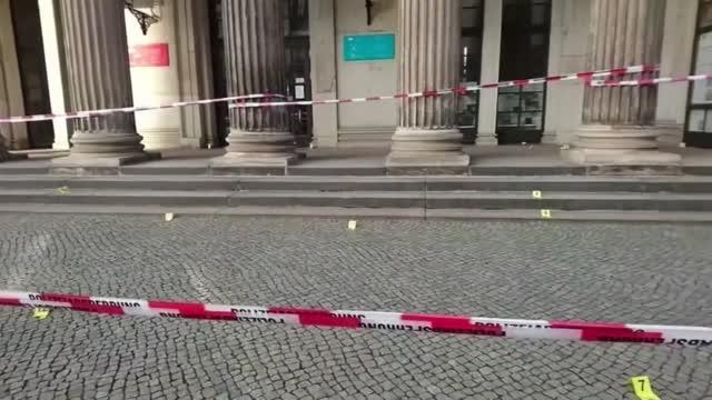 Police Arrest 3 Men Year After Huge Jewel Heist From Germany's Dresden Castle
