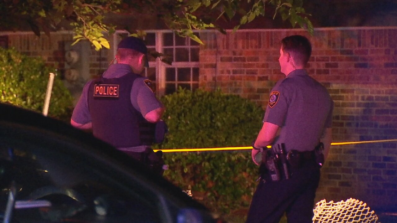 1 Person Killed, 2 Injured In Shooting At OKC Apartment Complex