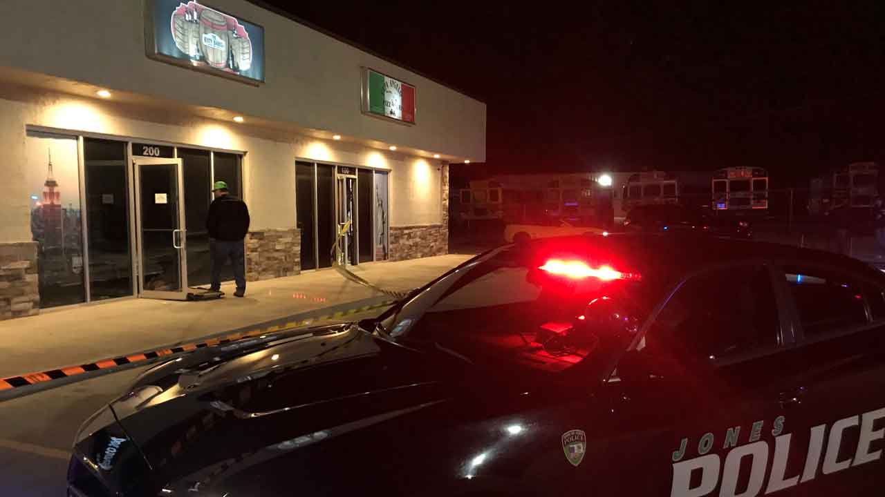 2 Victims Burned, 1 Injured In Flash Explosion At Jones Pizza Busines