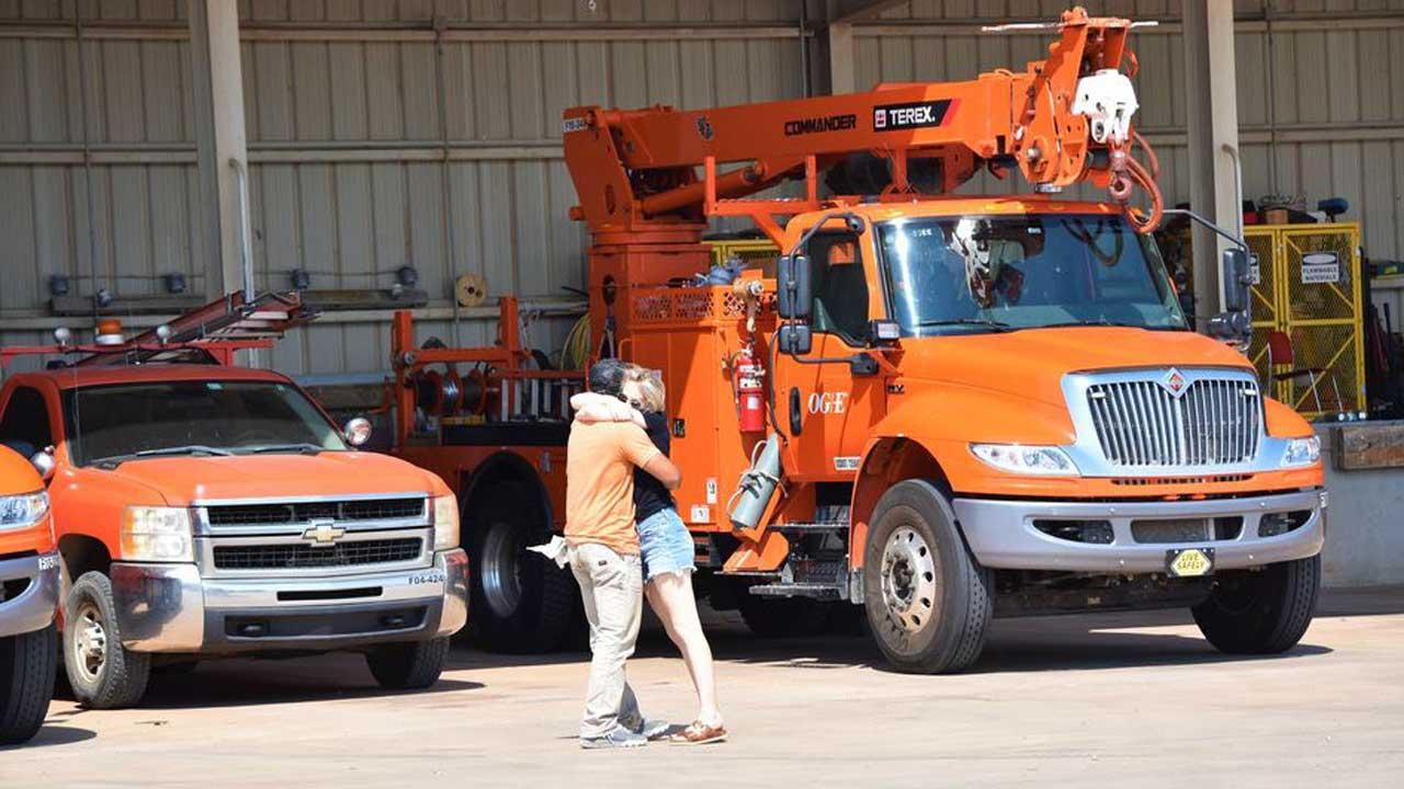 OG&E Crews Return Home After Assisting With Restoration Efforts In Louisiana