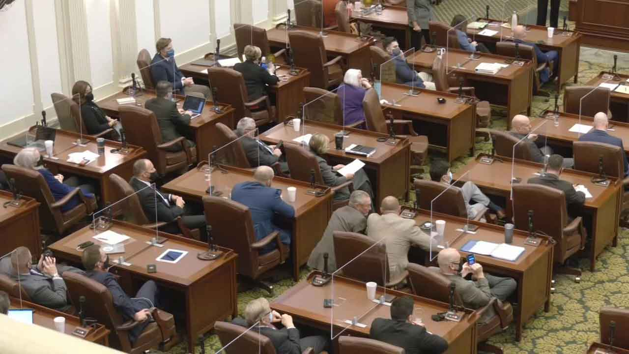 Bill To Allow Virtual Meetings Advances To Governor's Desk
