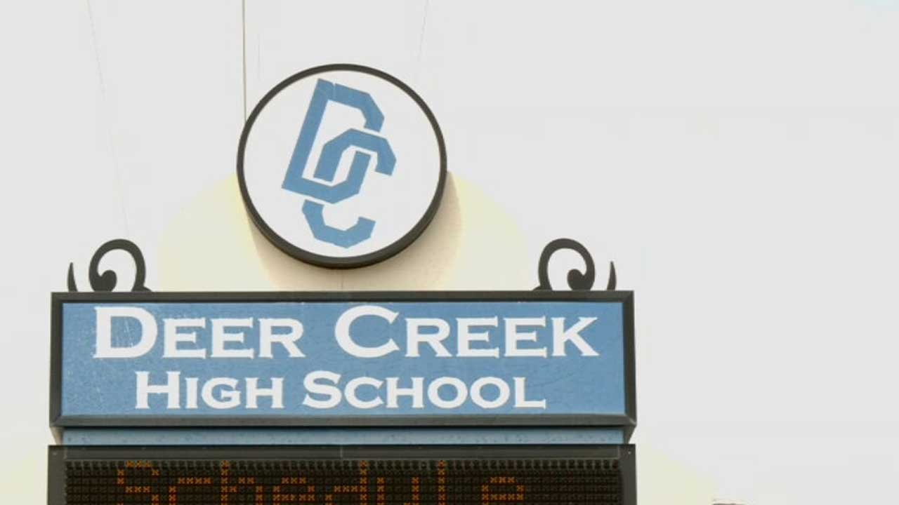 Deer Creek Students With Special Needs Working Jobs In Preparation Of Life After High School
