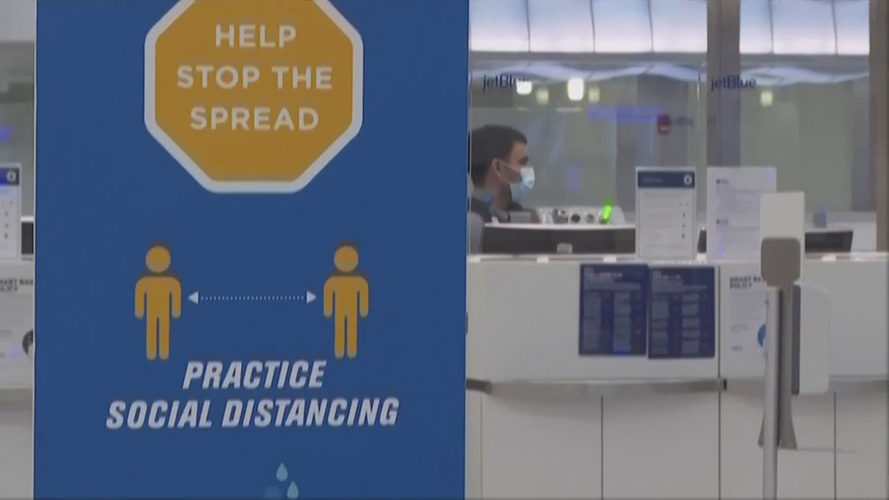 CDC Issues New Guidelines On Holiday Travel