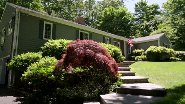 More Americans Consider Relocating To Suburbs During Pandemic