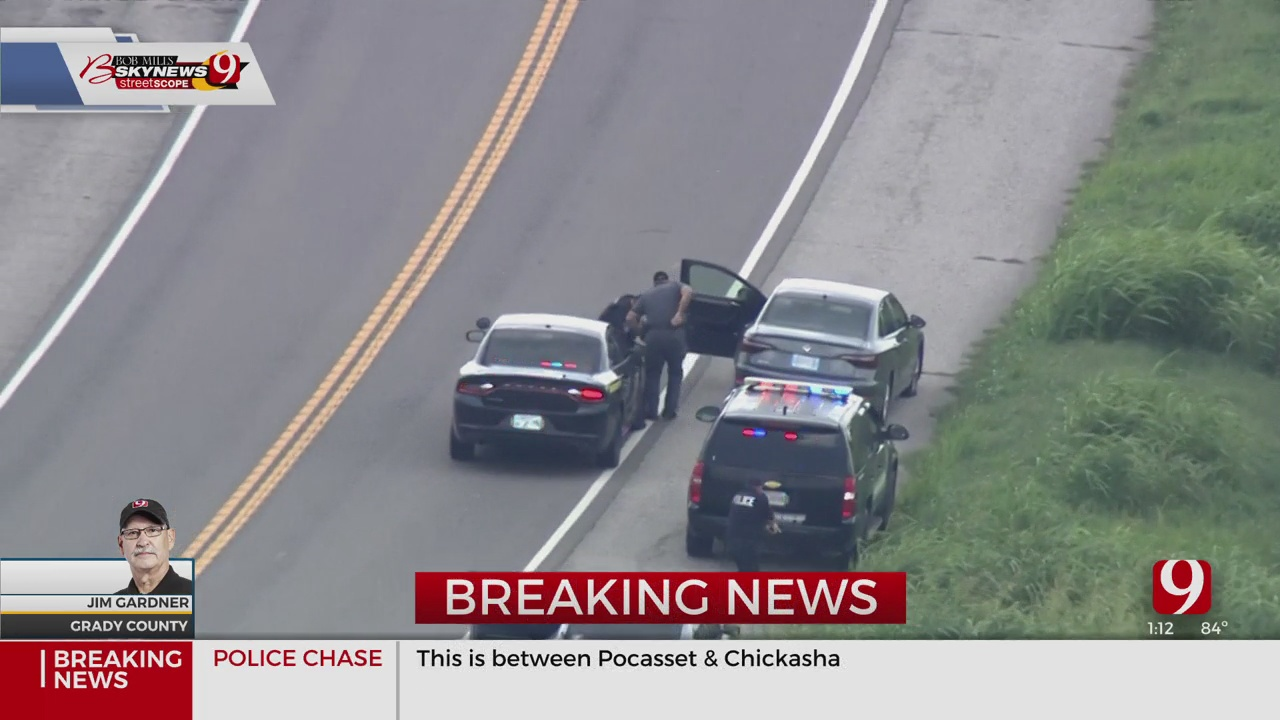 2 Detained After Police Chase In Canadian County