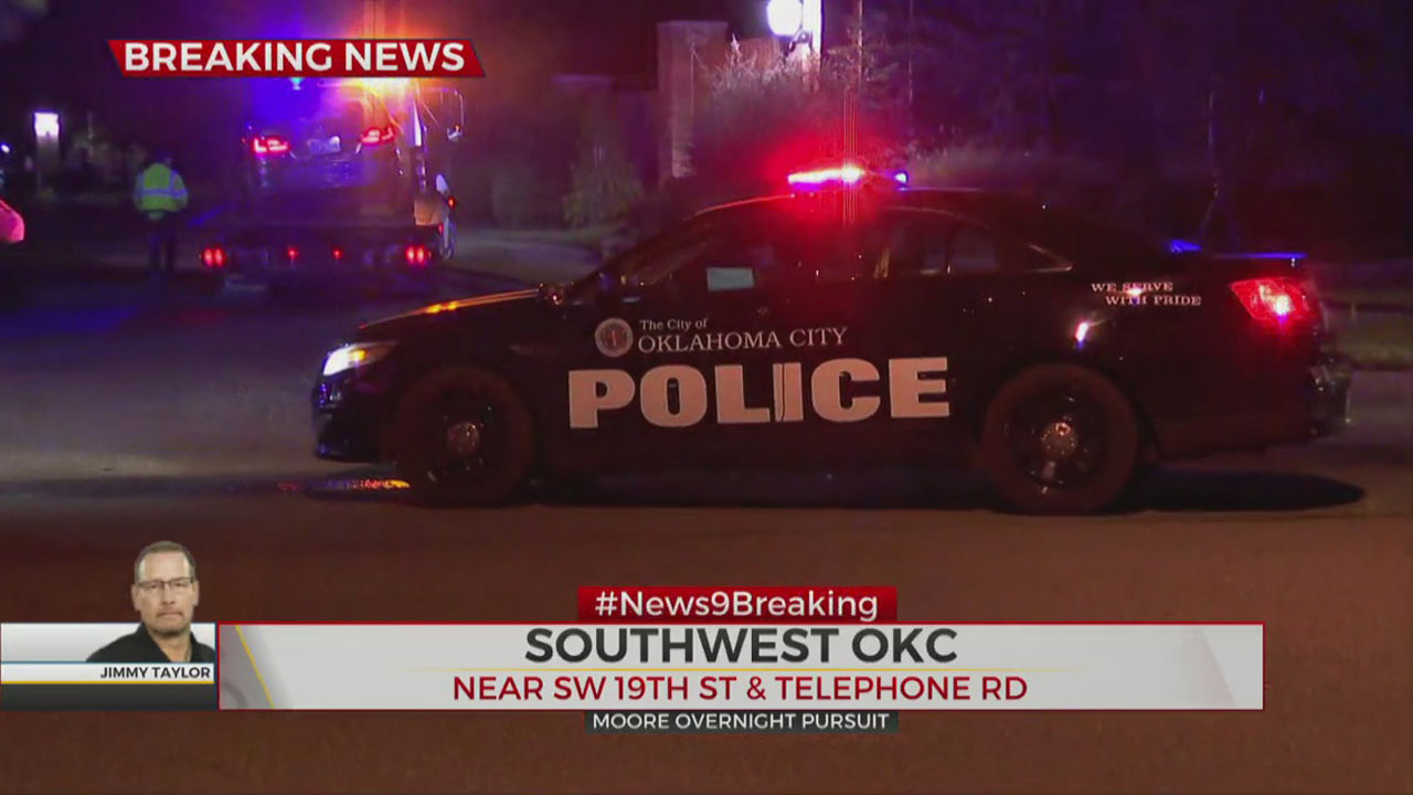 2 In Custody After Overnight Pursuit In Moore