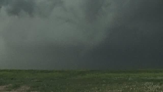 WATCH: Val & Amy Track Tornado In SW Kansas
