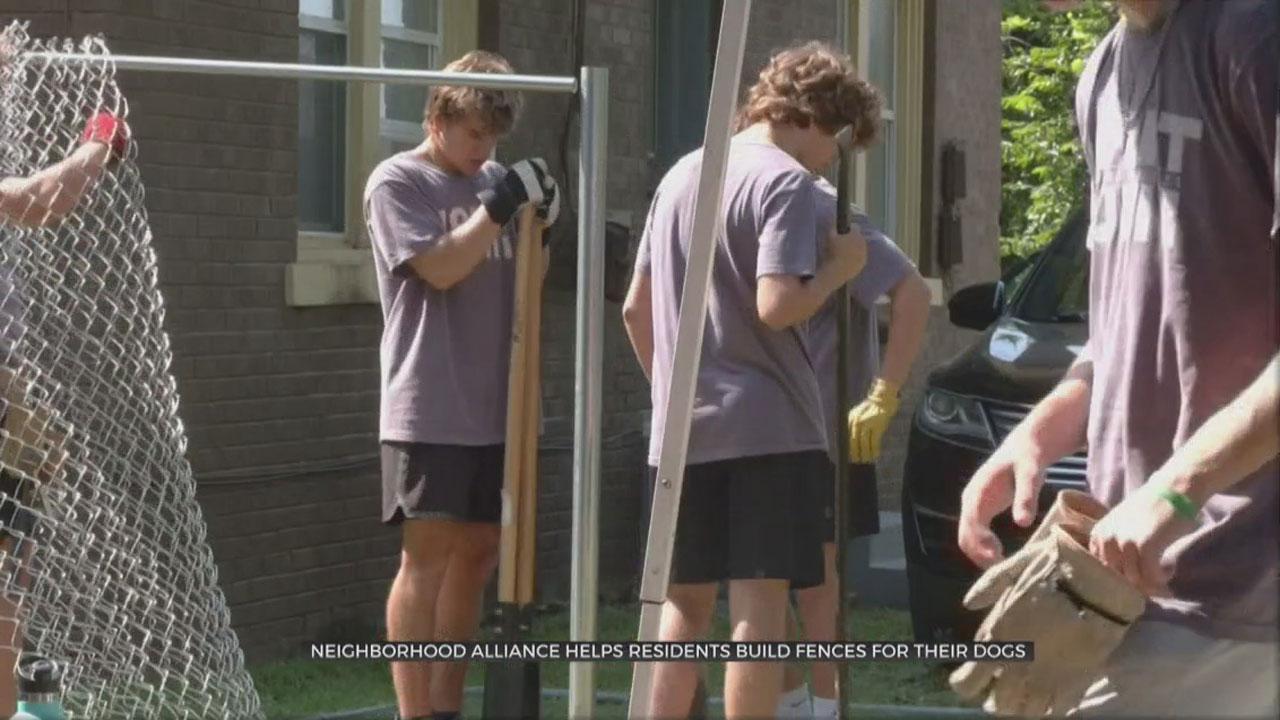 Neighborhood Alliance Builds New Fence