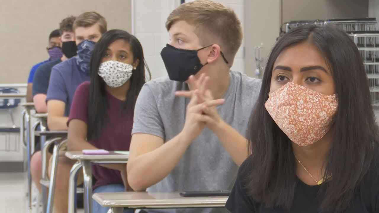 State Board Of Education Says No Mask Mandate, But Encourages Districts To Take COVID-19 Precautions
