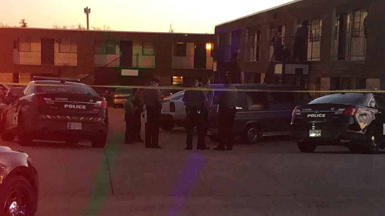 2 Victims Injured After Double Stabbing In SW OKC