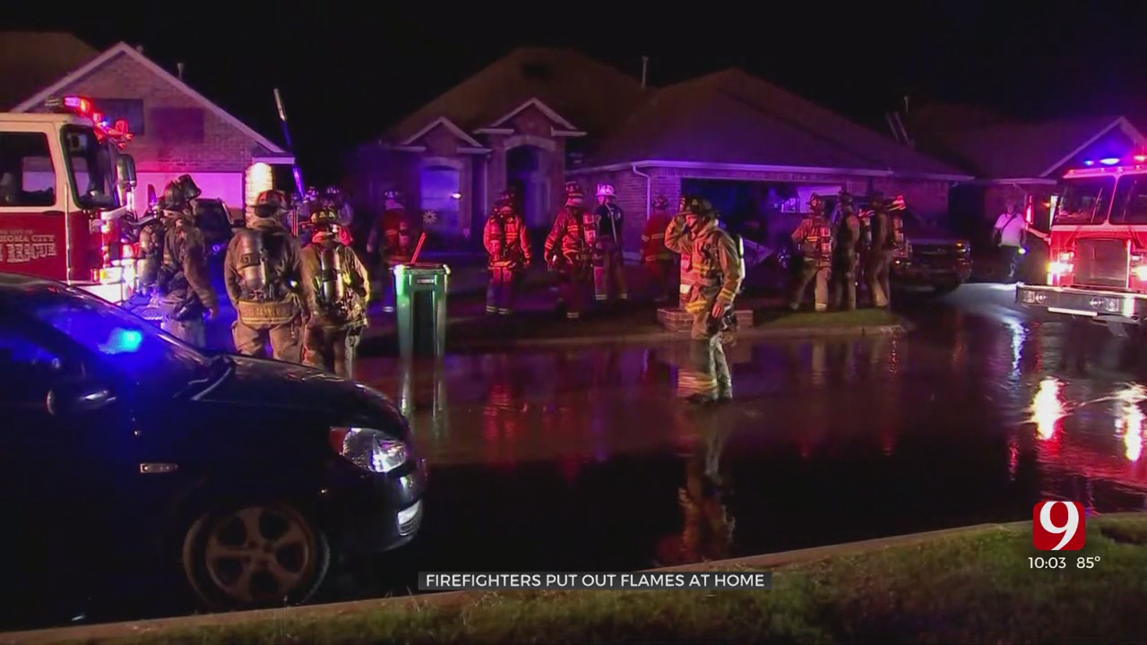 Crews Battle Fire At 2 Neighboring Homes In SW OKC