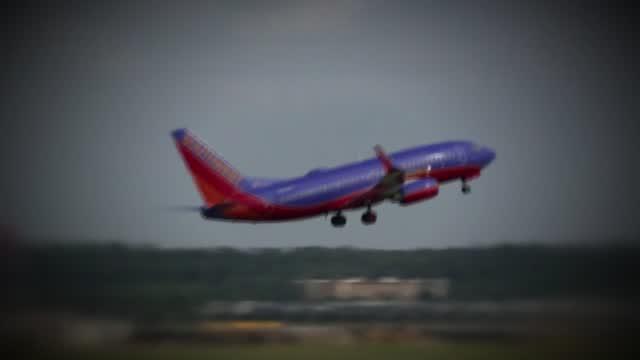 Senators Urge Airlines To Make Flight Credits Valid Indefinitely