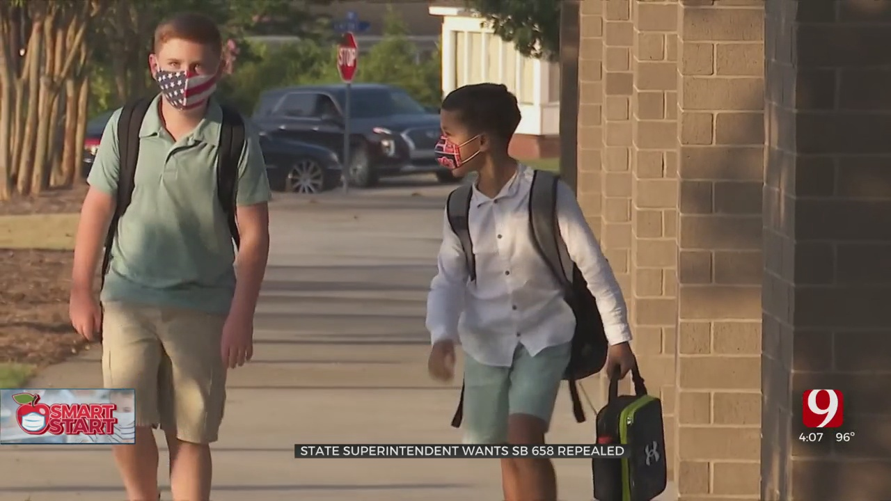 Supt. Hofmeister Wants Bill Banning Mask Mandates In School Districts Repealed