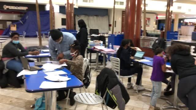 Virginia Teacher Turns Empty Mall Food Court Into A Classroom