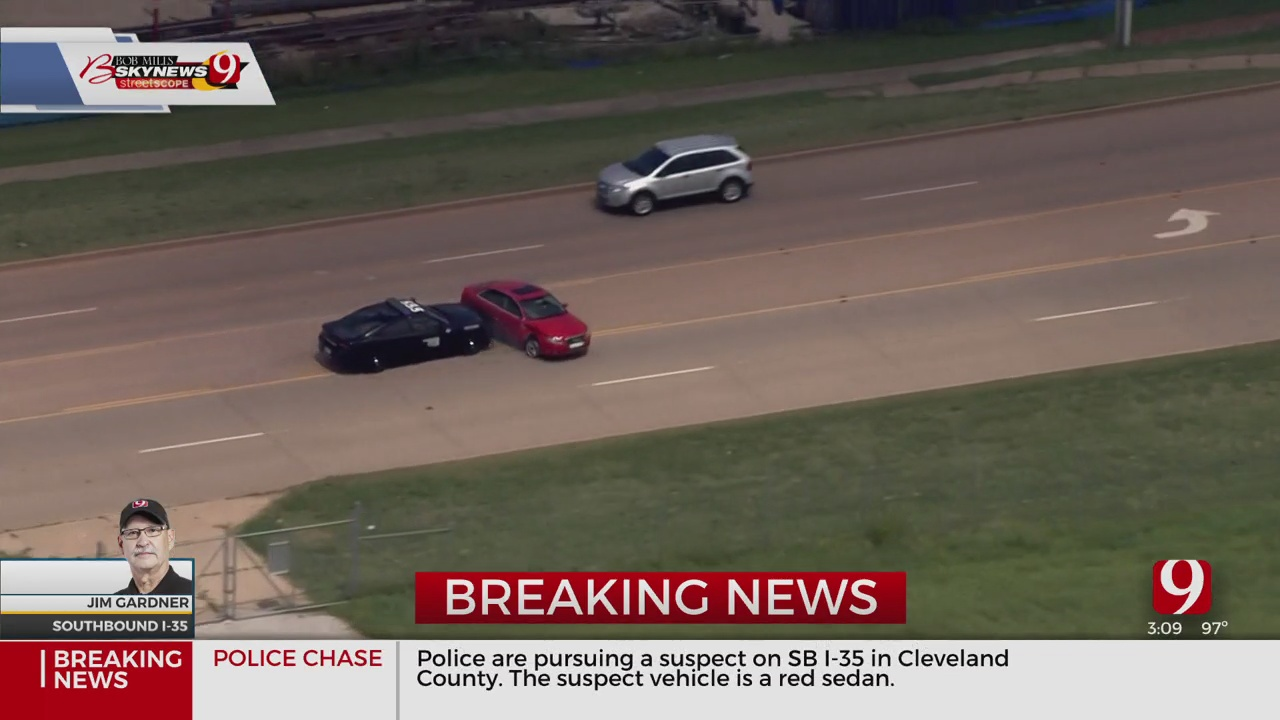 High-Speed Pursuit Ends In Crash On SB I-35; Suspect In Custody
