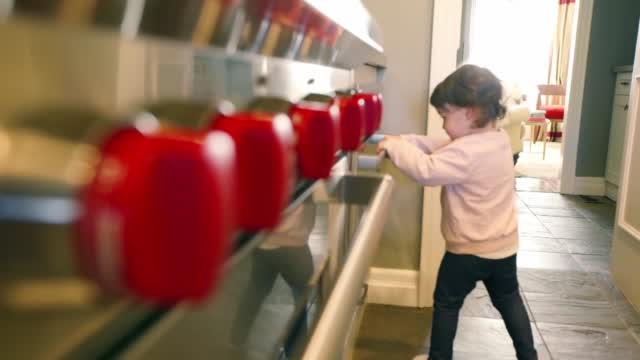 Microwaves To Add New Safety Features To Prevent Small Children From Opening Them