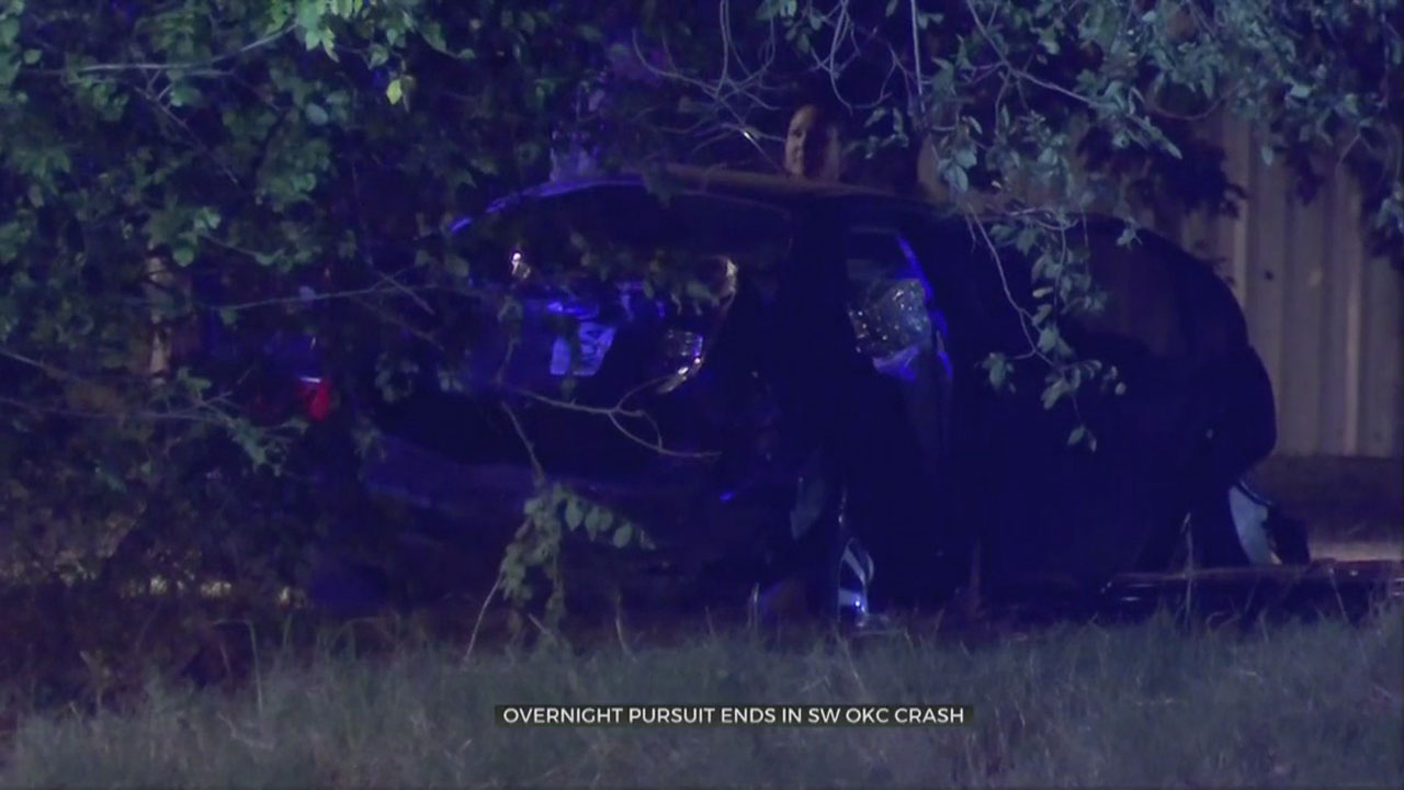 2 In Custody After SW OKC Stolen Car Pursuit Ends In Crash