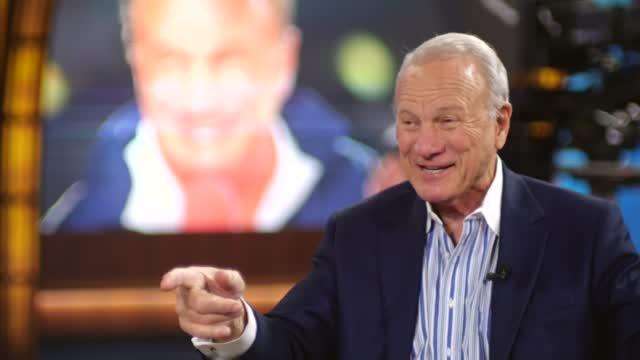 WATCH: Dean Blevins Interviews Legendary OU Coach Barry Switzer