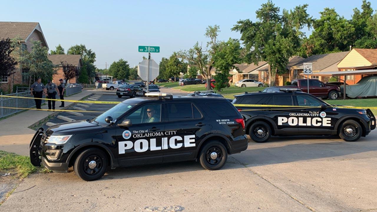 Oklahoma City Police Engaged In Standoff At Hartford Apartments