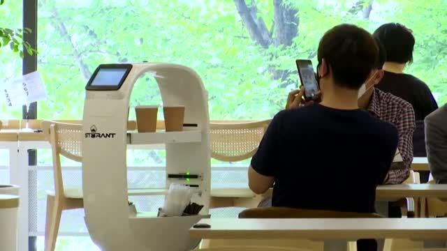 Barista Robot Rolls Out At South Korean Cafe