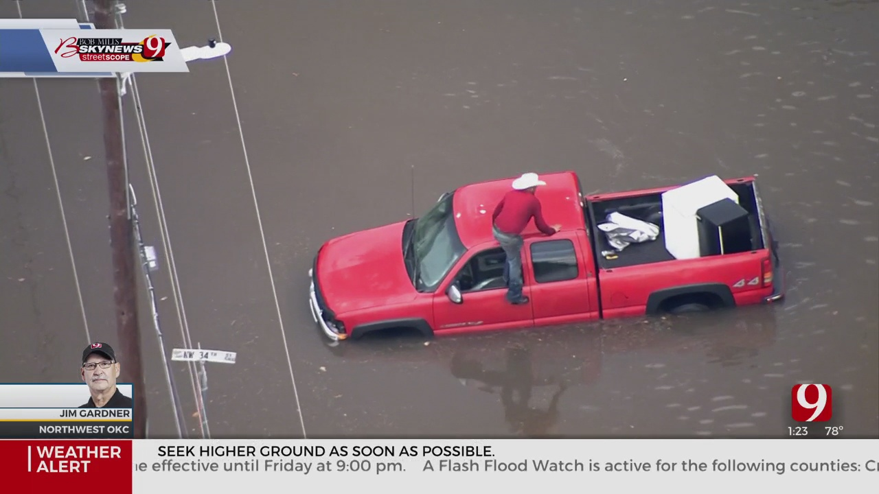 WATCH: Drivers Rescued From Flooded Streets In Western Parts Of OKC