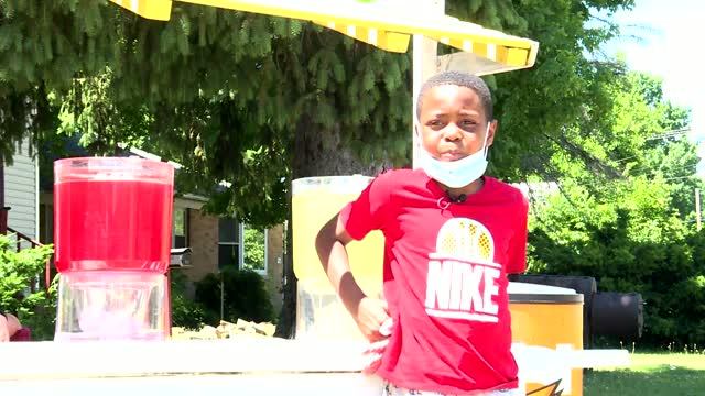 9-Year-Old Starts Lemonade Stand To Bring People Together