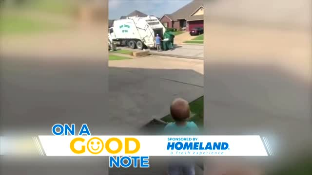 On A Good Note: 1-Year-Old Thanks Garbage Collectors During Pandemic