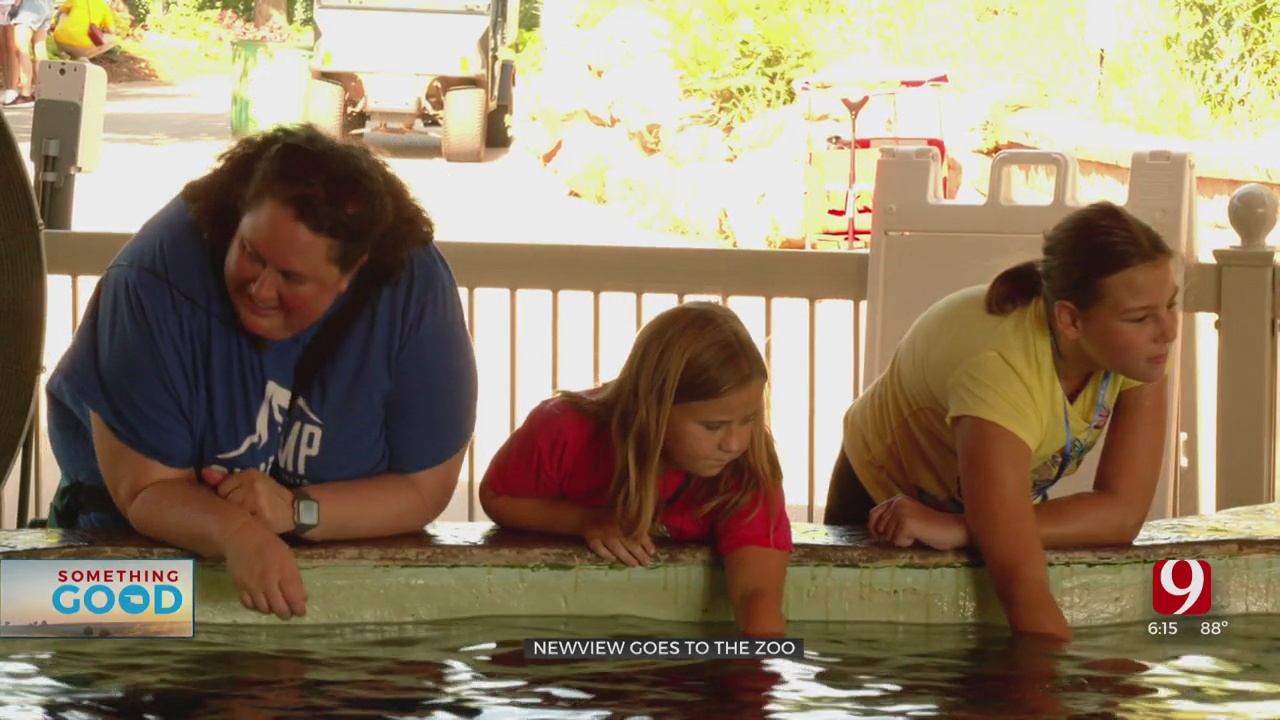 NewView Kids With Vision Challenges Visit The Oklahoma City Zoo