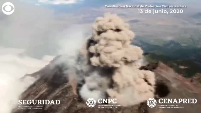 WATCH: Experts Flew Over A Volcano As It Smoldered In Mexico