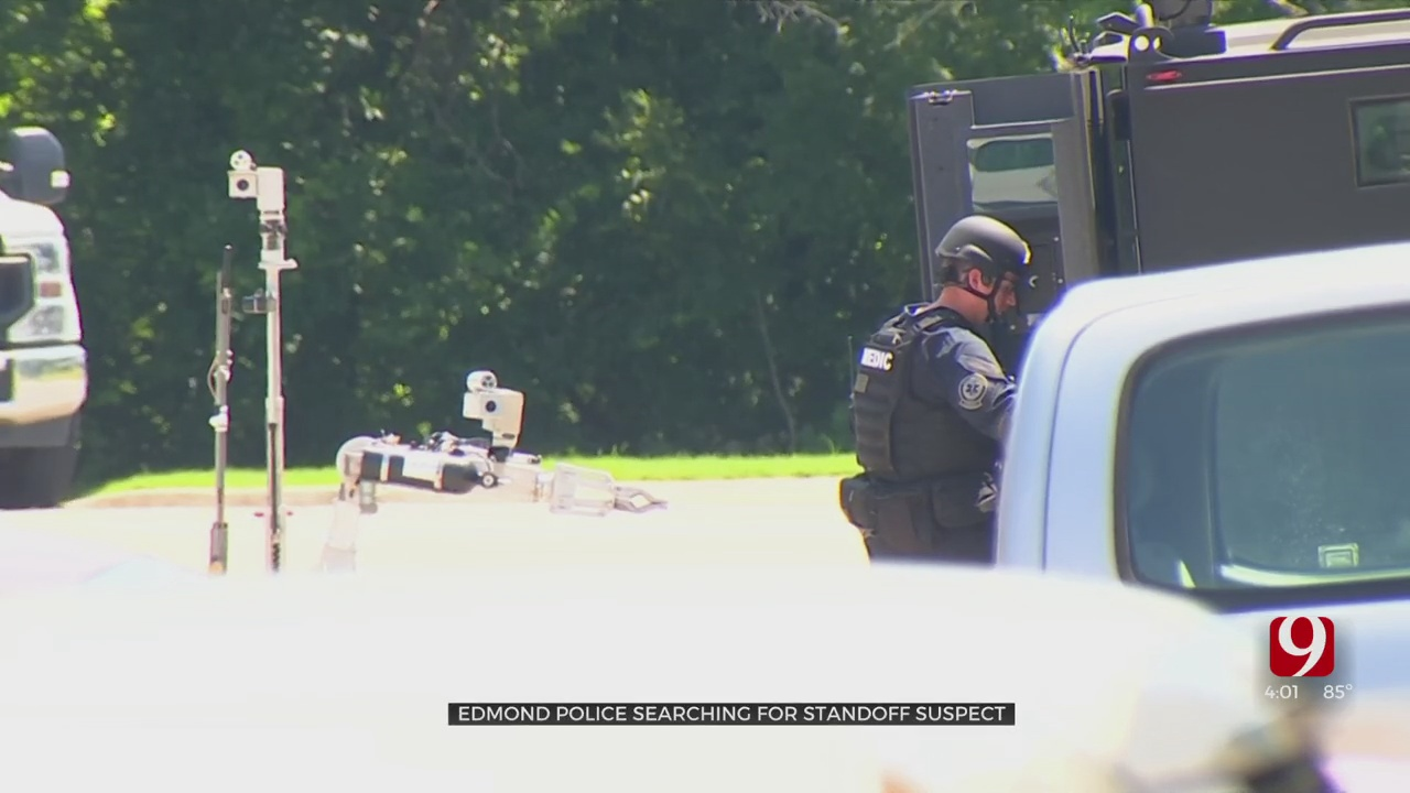Standoff In Edmond Ends Peacefully, But With No Arrests