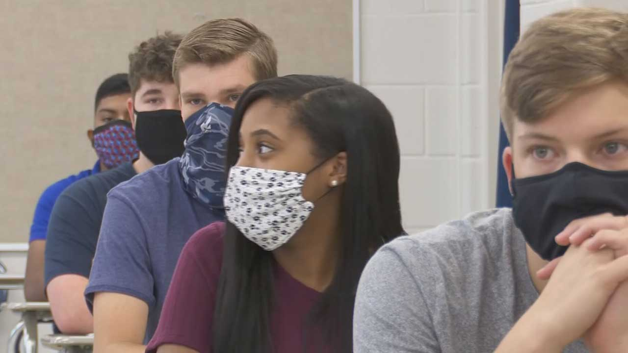 OKCPS To Offer COVID-19 Vaccine Shots & Testing For Students, Staff