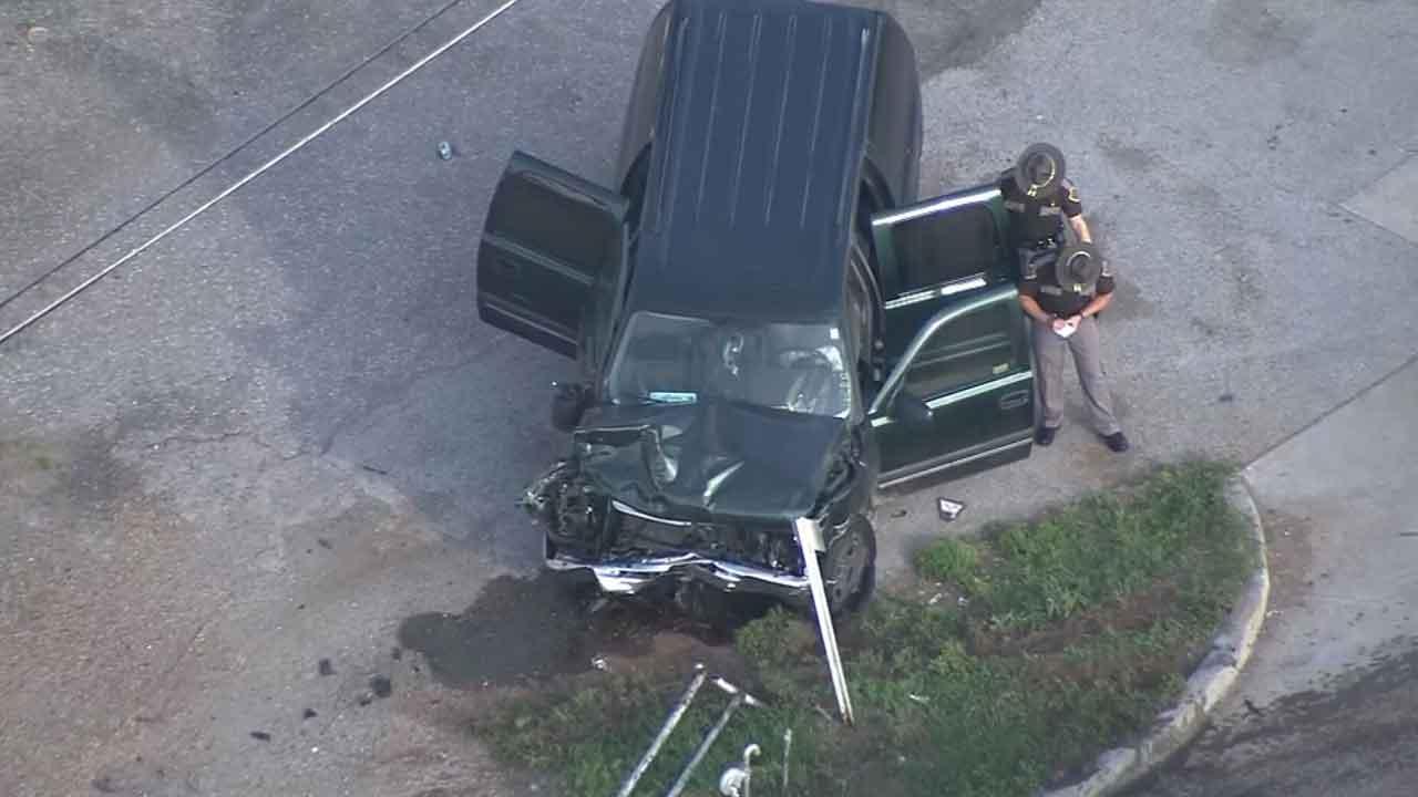 WATCH: Bob Mills SkyNews 9 Flies Over Scene Of Wild Chase, Crash In SE OKC
