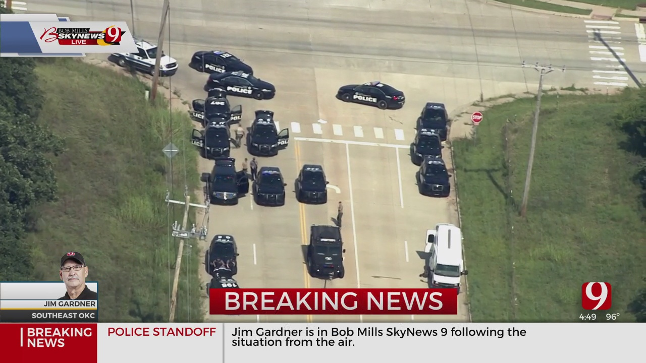 Police Involved In Standoff With Armed Barricaded Suspect In SE OKC