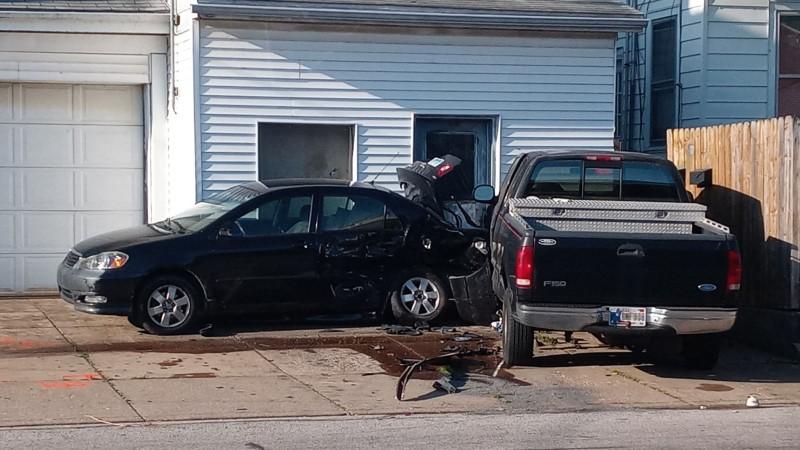 Image for Man Dies in Evansville After Being Shot at Traffic Light, Crashing Car: EPD