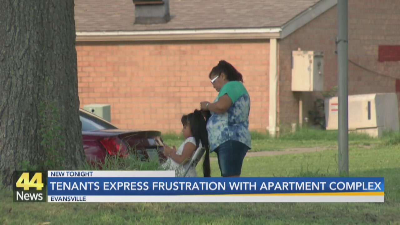 Image for Woodland Park Apartment Tenants Express Frustration With Apartment Complex