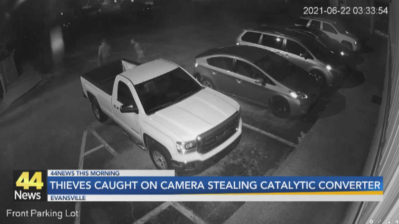 Image for Evansville Police Looking for Catalytic Converter Thieves Caught on Camera