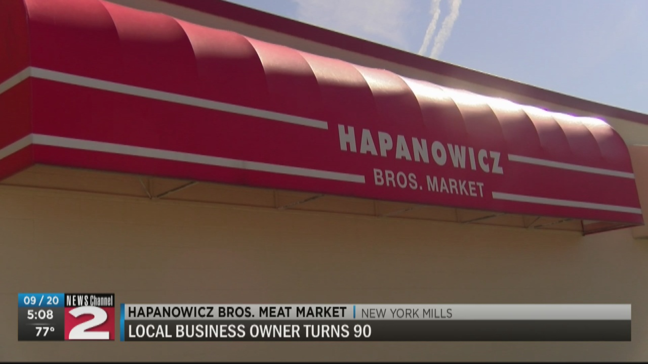 Image for Hapanowicz brother still working at family meat market at 90 years old